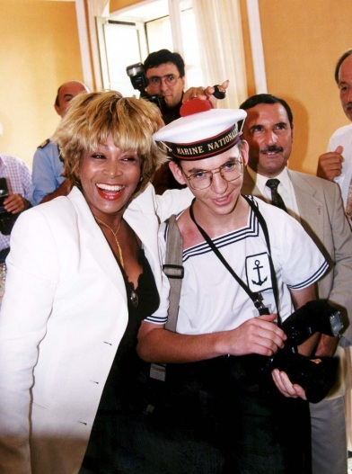 Tina Turner - receiving honorary citizenship of Villefranche sûr Mer - 1
