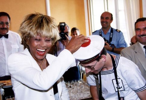 Tina Turner - receiving honorary citizenship of Villefranche sûr Mer - 2
