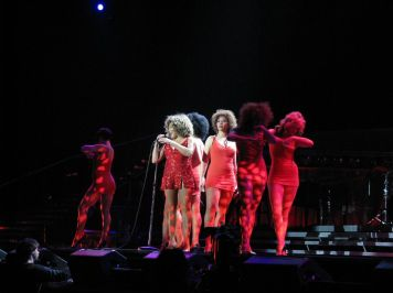 Tina Turner - Olympiahalle, Munich - February 23-24, 2009 - 031