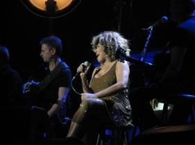 Tina Turner - The O2, Dublin - April 12, 2009 - 022