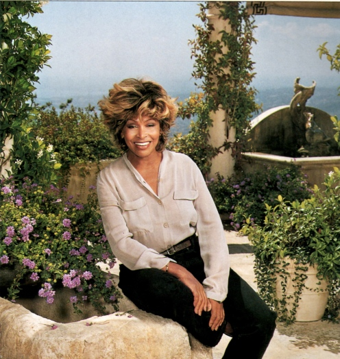 Tina Turner- Architectural Digest 14
