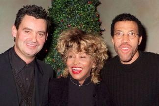 Tina Turner, Erwin Bach & Lionel Richie at Tina's birthday party in Zurich - 26 November 1998