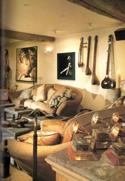 Tina Turner- Architectural Digest 6