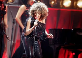 Tina Turner - Arnhem, The Netherlands - March 21, 2009 - 31