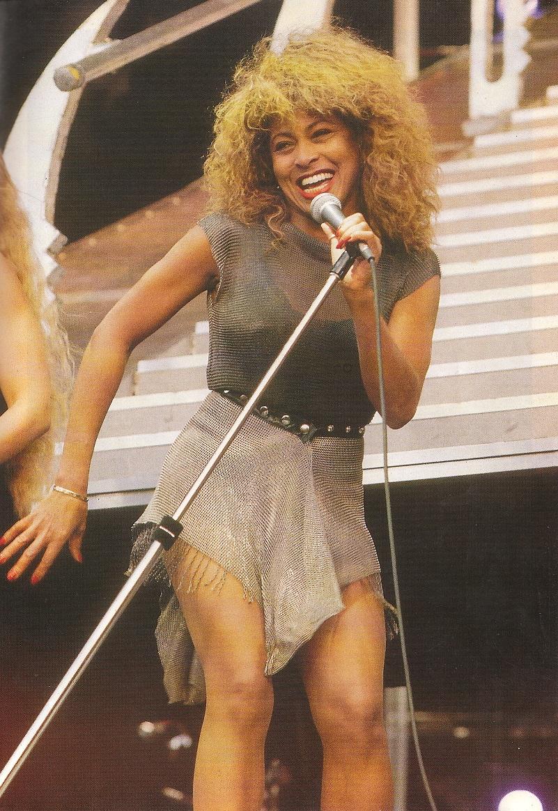 Upskirt Tina Turner 76