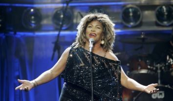 Tina Turner - Kansas City - October 1, 2008 - 02