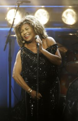 Tina Turner - Kansas City - October 1, 2008 - 04