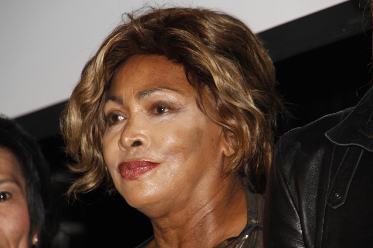 Tina Turner – Children Beyond