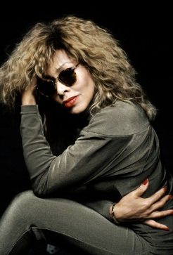 Tina Turner - Look Me In The Heart photo session - 1989 (3)