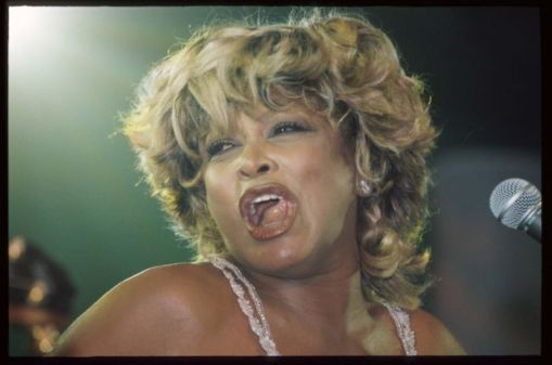 Tina Turner live at Macy's Passport Unplugged session - September 18 1997 - 3