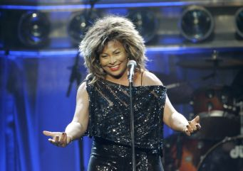 Tina Turner - Kansas City - October 1, 2008 - 13