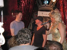 Tina Turner birthday fan party 2012 (4)