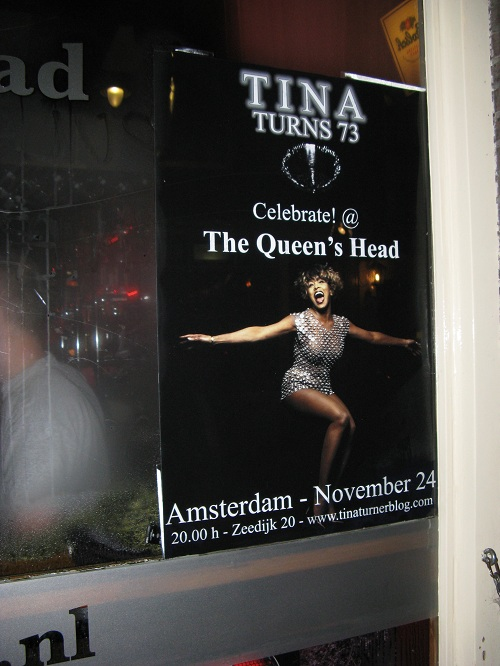 Tina Turner birthday fan party 2012 (8)