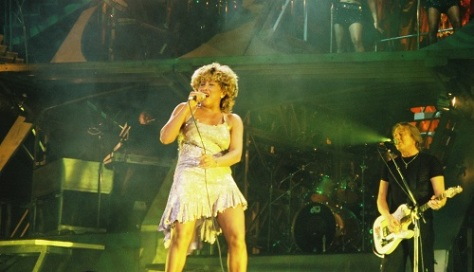 Tina Turner - When The Heartache Is Over - live 2000