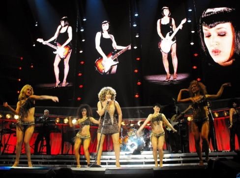 Tina Turner - Sheffield, UK - May 5, 2009 (13)