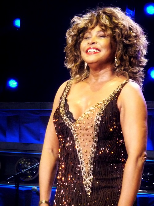 Tina Turner - Sheffield, UK - May 5, 2009 (14)