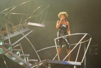 Tina Turner - Live in Birmingham - Oct 21st, 2000