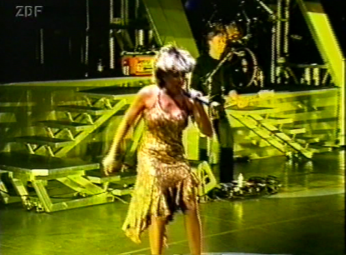 On Tour Mit Tina Turner - ZDF Documentary - 2000
