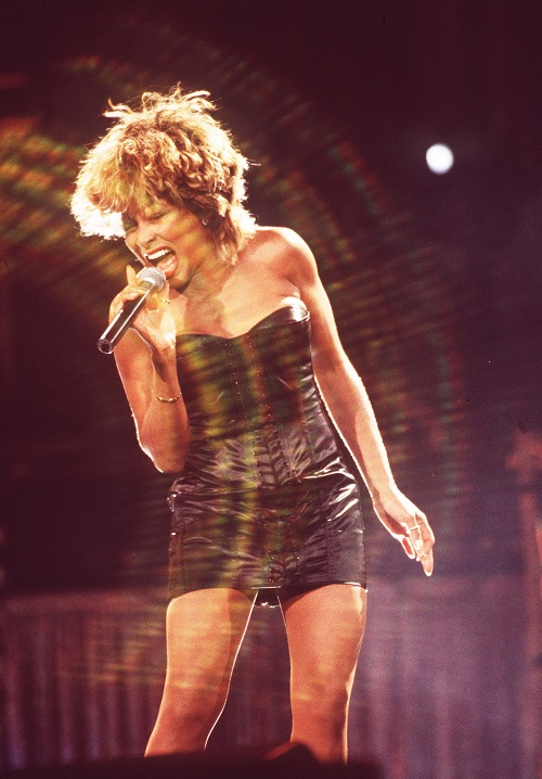 14 of tina turner�s stage outfits that will rock your