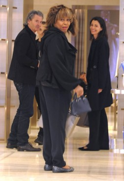 Tina Turner Out Shopping In Milan