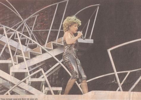 Tina Turner - Newspaper (2) - Groningen 2000 - 01