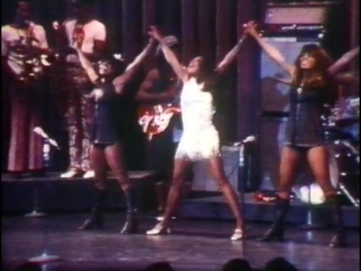 ike-tina-turner-revue-live-in-las-vegas-1971-14