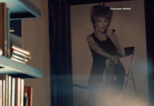 Tina Turner - Lorenzo Hotel - Dallas .png