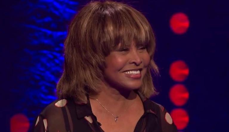 Tina Turner - Jonathan Ross Show 18.jpg - copie